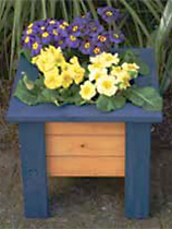 Paint a two tone planter box