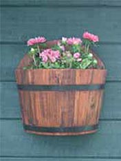 Stain a wall planter