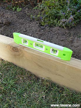 How to make timber garden edging | Ways with wood - Project 31