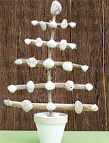 Make a Beach-style Christmas tree decoration