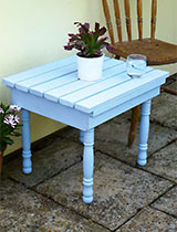 How to make a recycled drinks table