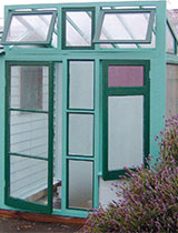 How to make a DIY glasshouse