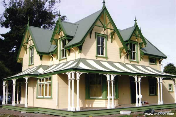 28 carpenter style house carpenter style house for Colonial house plans nz