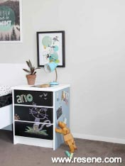 Drawers for toys