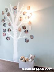 Create this family tree using photos