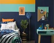 Jungle-themed bedroom