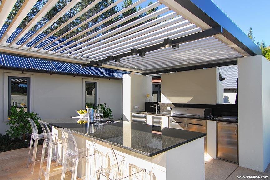 Tranquil Courtyard Garden Habitat Issue 21