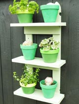 How to make garden shelves