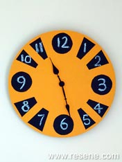 Paint a blackboard clock