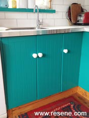 Paint a kitchen cabinet